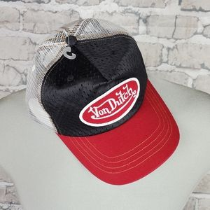 Von Dutch Y2K Trucker Hat Snapback NWOT Red Black White S